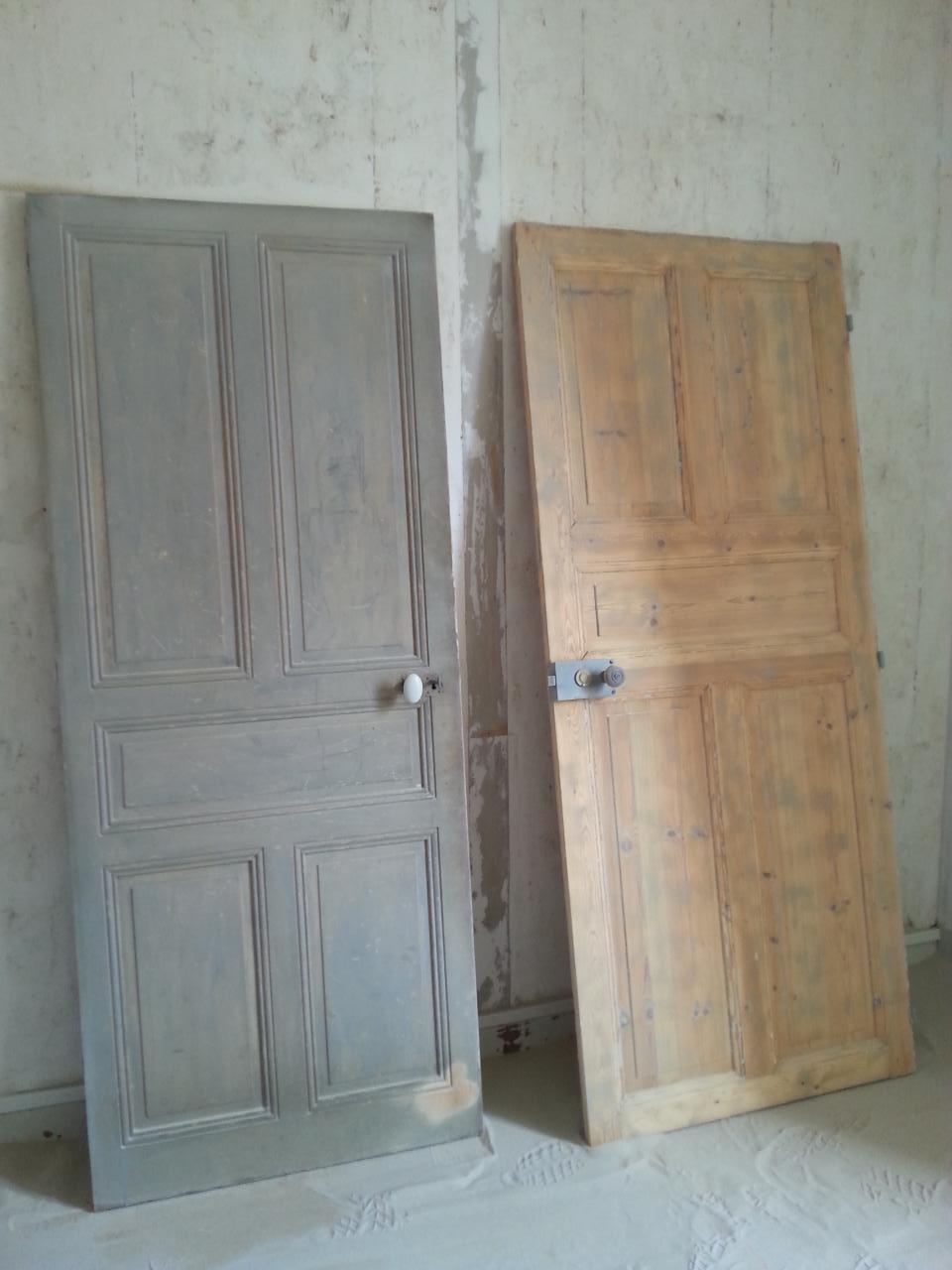 Aérogommage d'une porte intérieur avant après