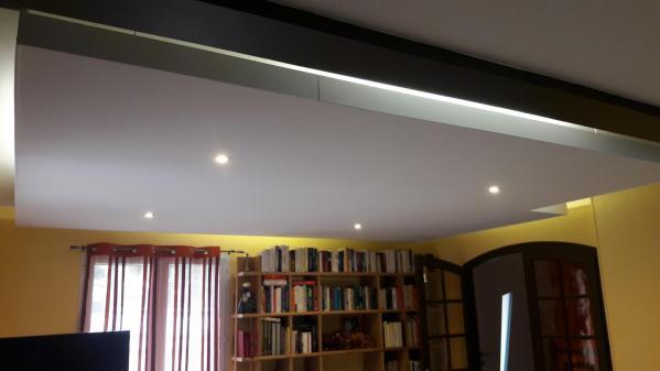 Réalisation d'un plafond suspendu éclairage indirecte